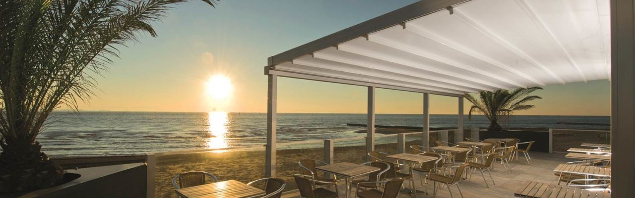 Retractable Awnings- Delta Awnings